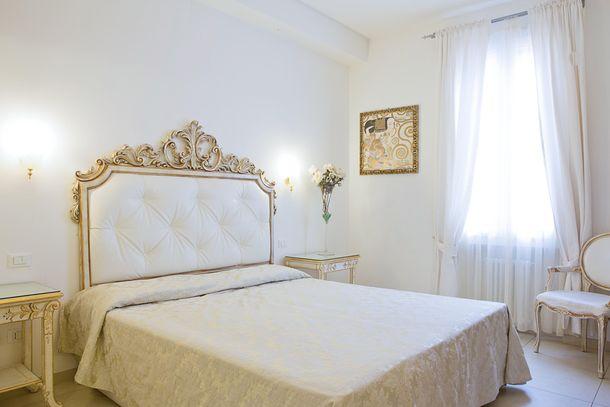 Residenza due torri dove dormire a bologna e provincia for Dormire a bologna centro storico